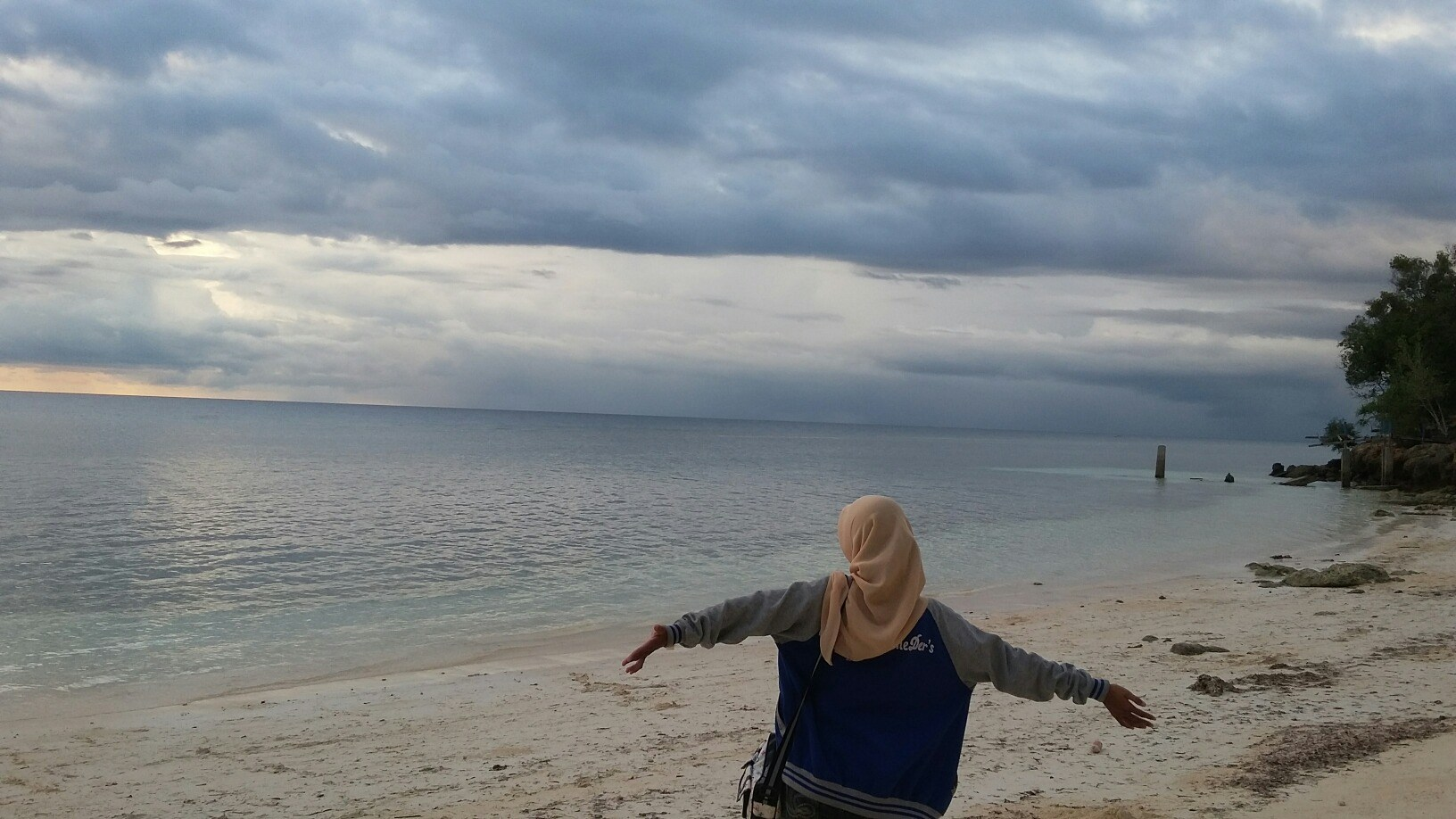 masyithadhewi's Cover Photo