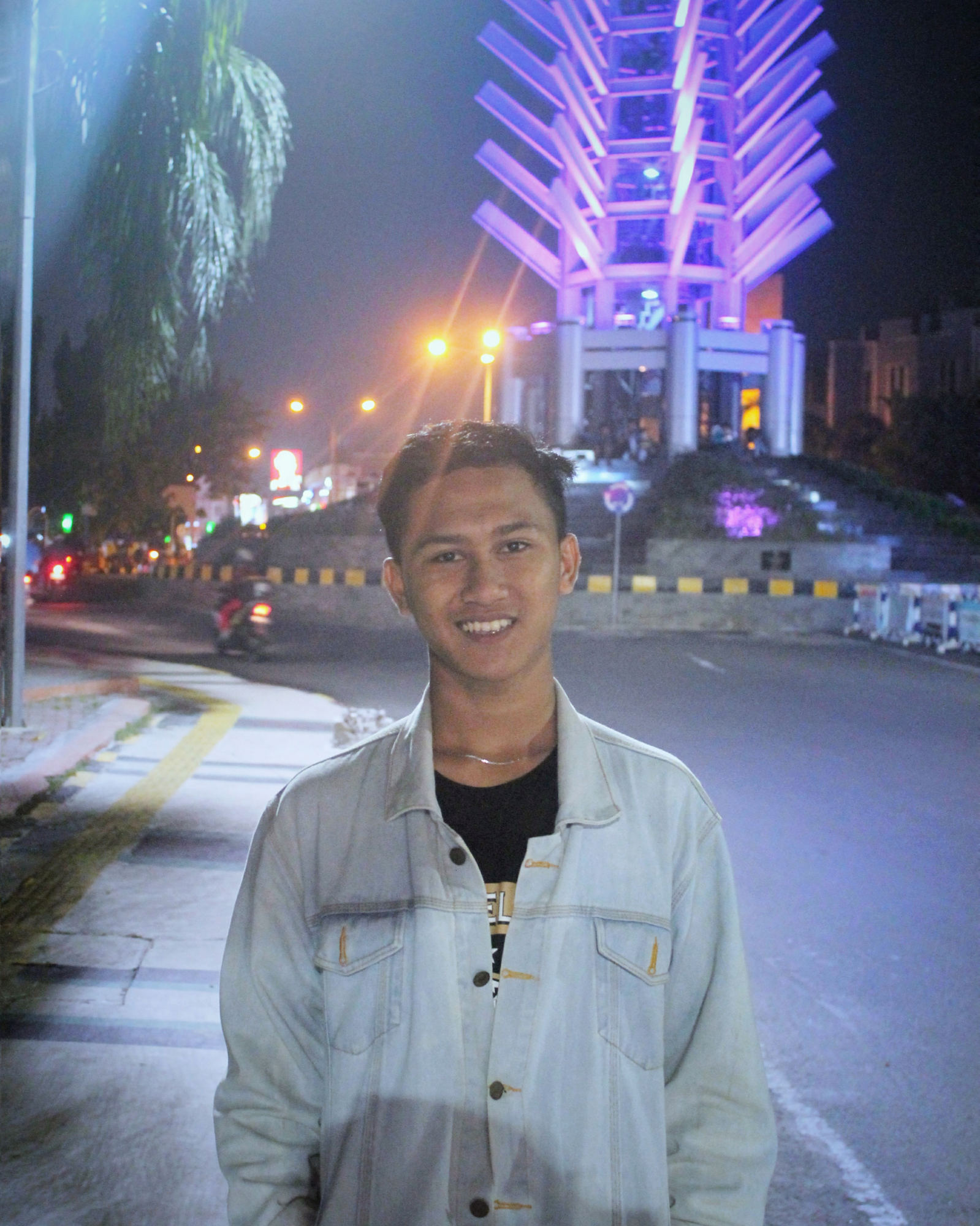 AgungSetiadi184's Cover Photo