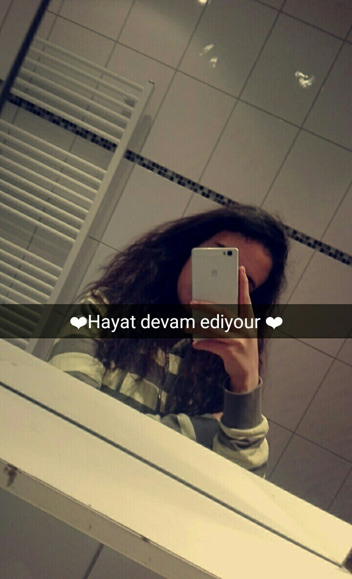 elif_love01's Cover Photo