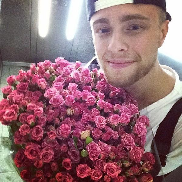 Егор крид с цветами картинки