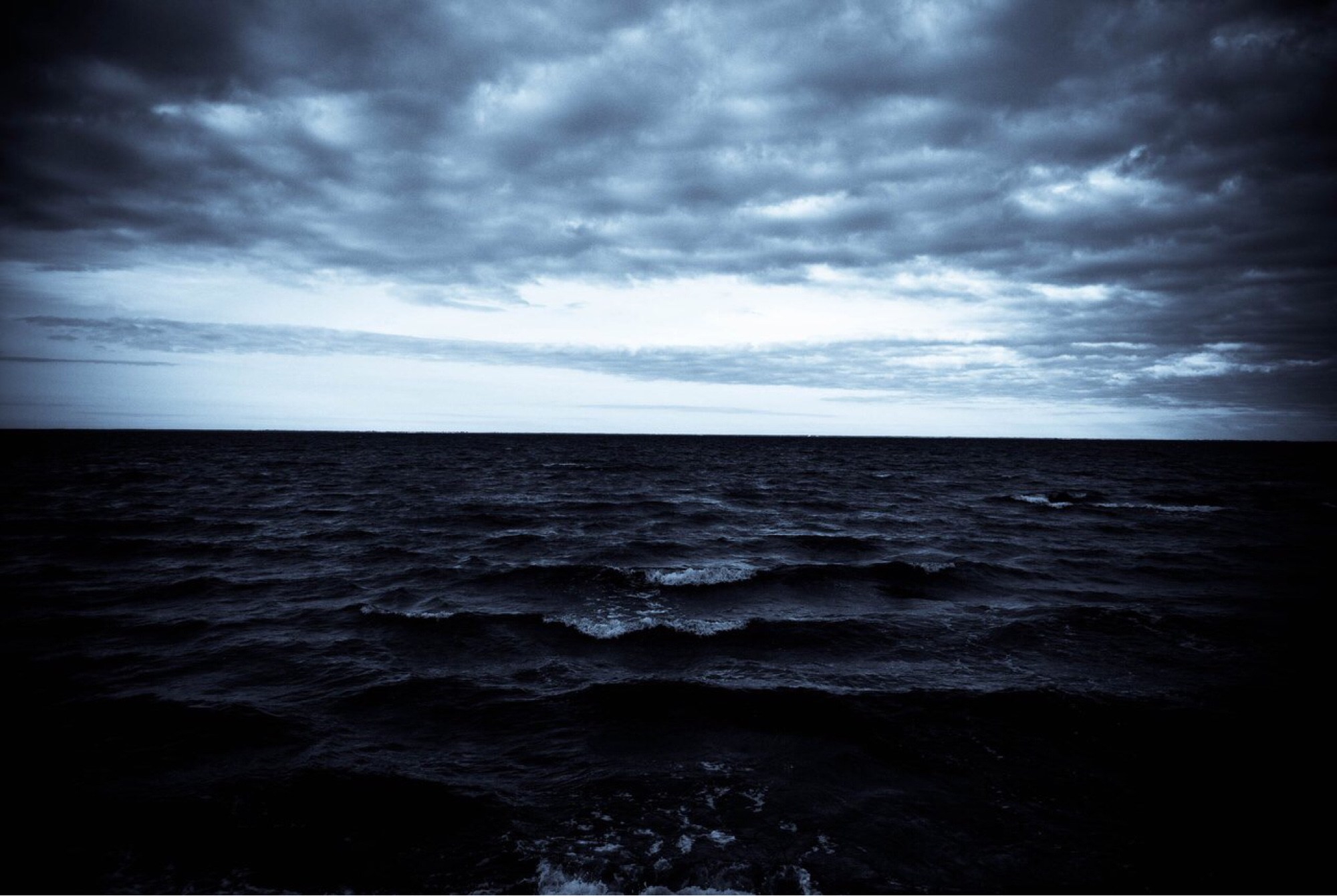 картинки грустного моря взрослым